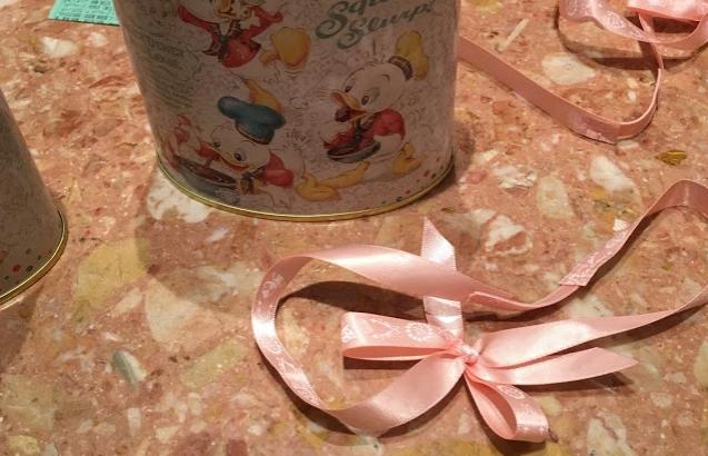 東京ディズニーランドの35周年期間限定「チョコレートクランチ ピック&マンチ」[2018年夏]