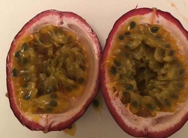 一度冷蔵庫に入れたパッションフルーツは甘くなるか?実験結果
